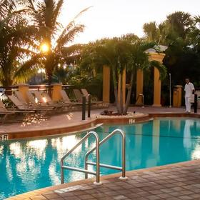 Holiday Inn Club Vacations Marco Island - Sunset Cove Resort Pool