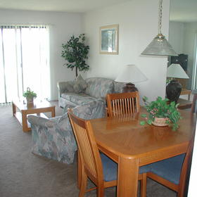 The Townhouses at St. Augustine Beach and Tennis Resort - Unit Dining Area