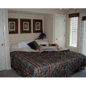 The Surrey Grand Crowne Resort and Country Club - Unit Bedroom