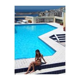 Outdoor pool at Solana Hotel