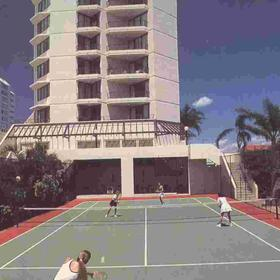 Sandy Point Beach Resort - Tennis Court