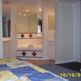 Wyndham Sea Gardens - Unit Bedroom