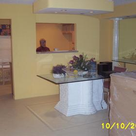Wyndham Sea Gardens  - Unit Dining Area