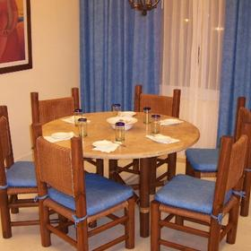 Torrenza Boutique Resort - Unit Dining Area