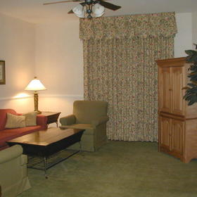 Wyndham Governor's Green - Unit Living Rooom