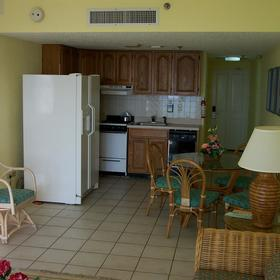 La Cabana Beach & Racquet Club - Unit Dining Area & Kitchen