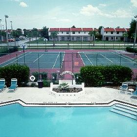 Fantasy World Club Villas - Pool & Tennis Courts