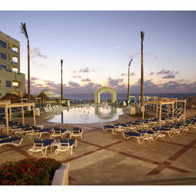 Gran Caribe Real Resort and Spa - Pool