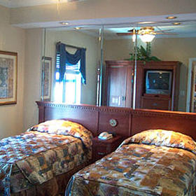 Westgate Palace - Guest Bedroom