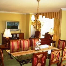 Marriott's Grand Chateau - Unit Dining Area