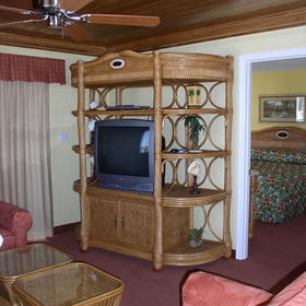 Holiday Beach Resort - Soundside - Unit Living Area