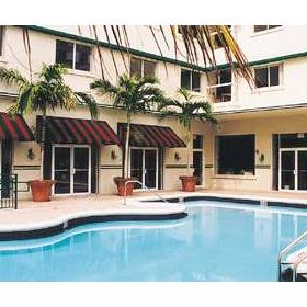 Pool at Signum Resort Miami Beach