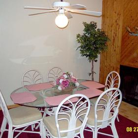 Barrier Island's Ocean Pines Beach - Unit Dining Area