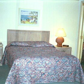 Cape Cod Holiday Estates - Unit Bedroom