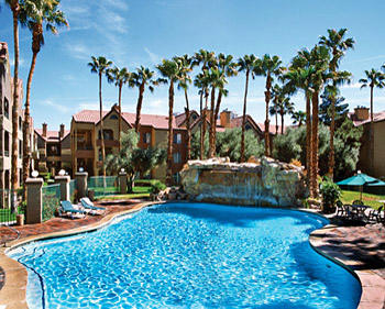 Desert Club Resort - pool