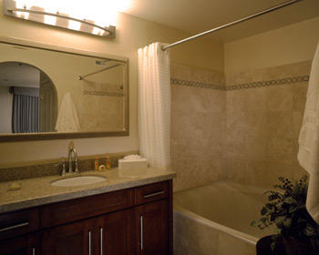 Desert Club Resort - bathroom