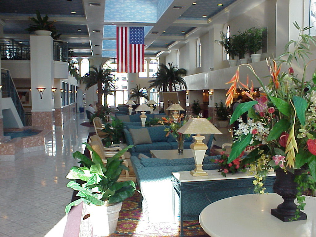 Desert Club Resort - Lobby